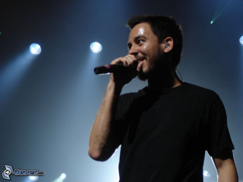 Mike Shinoda, canto
