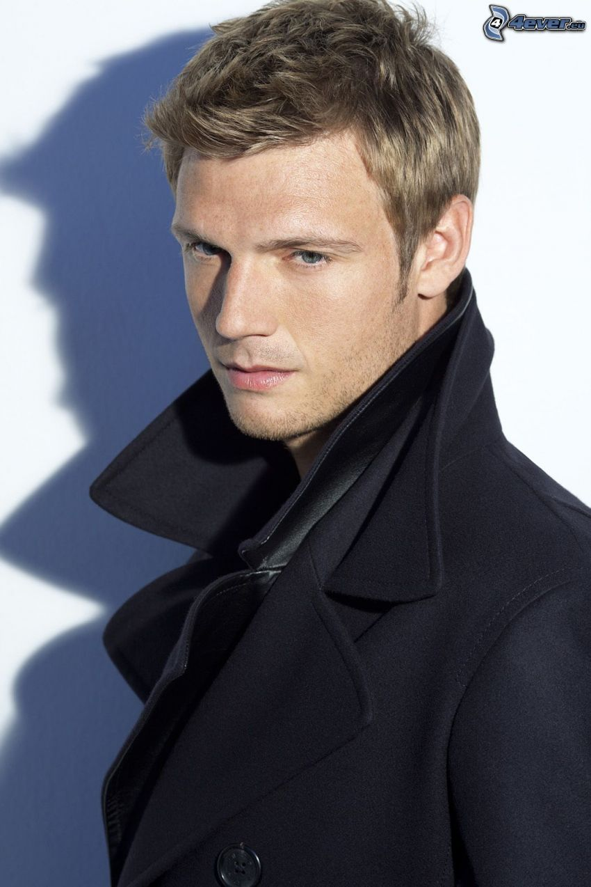 Nick Carter, cappotto