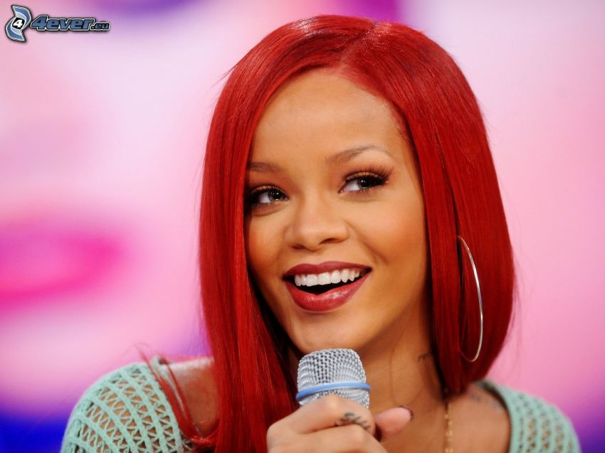 Rihanna, canto, capelli rossi