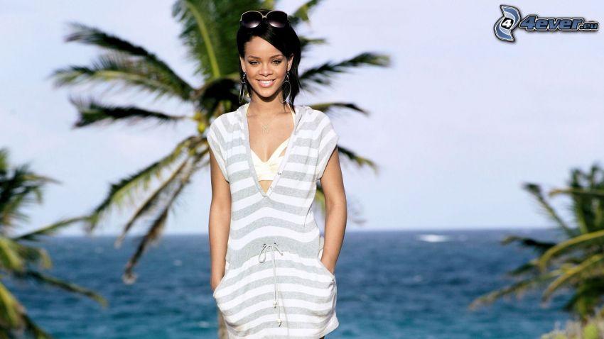 Rihanna, mare