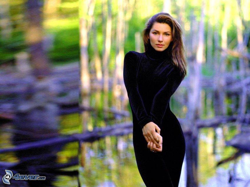 Shania Twain, abito nero
