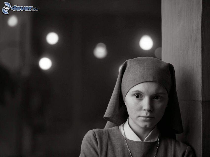 suora, foto in bianco e nero