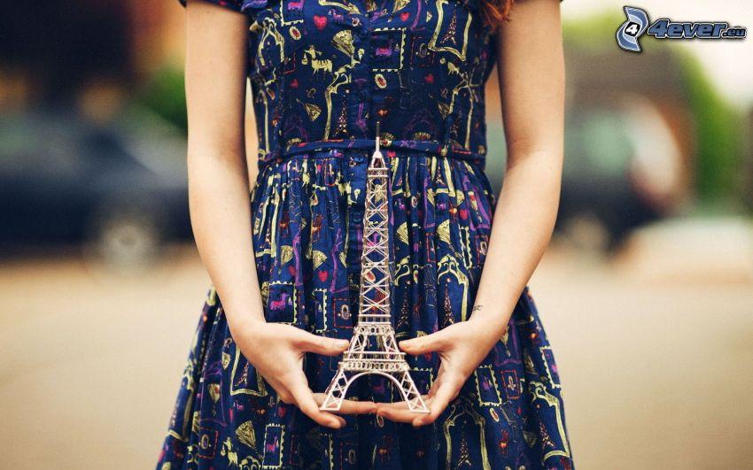 Torre Eiffel, ragazza