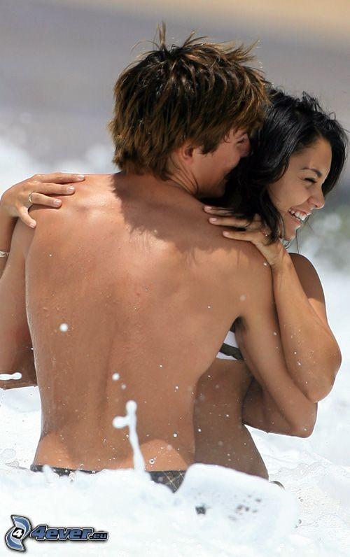 Zac Efron e Vanessa Hudgens, mare