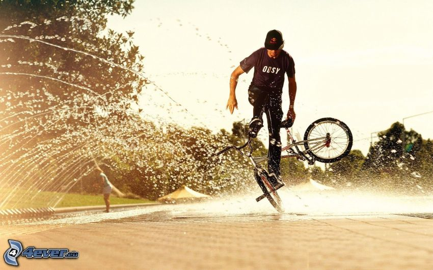 BMX, bicicletta, acqua