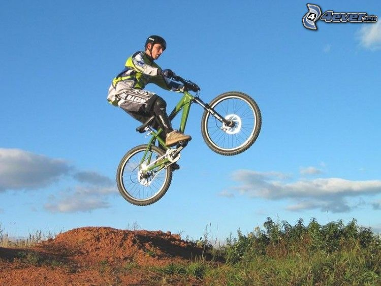Salto sulla bicicletta