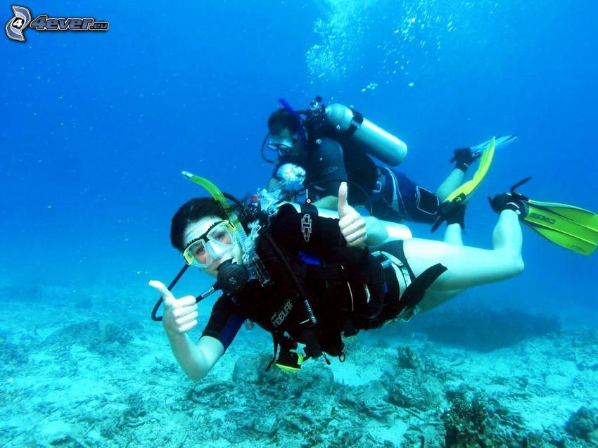 subacquei, pollice in alto, fondale marino