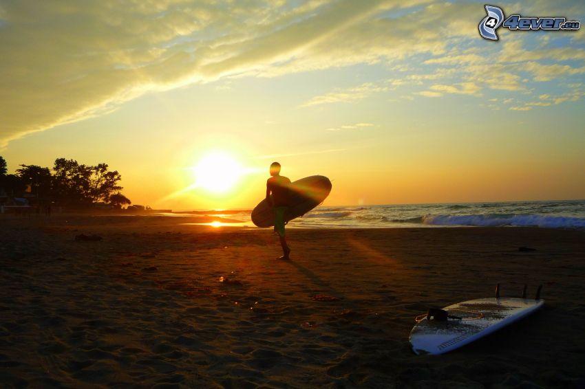 surfer, spiaggia al tramonto, tavole surf, mare