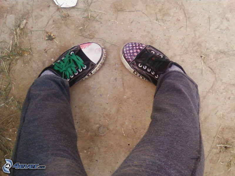 gambe, scarpe da ginnastica, lacci