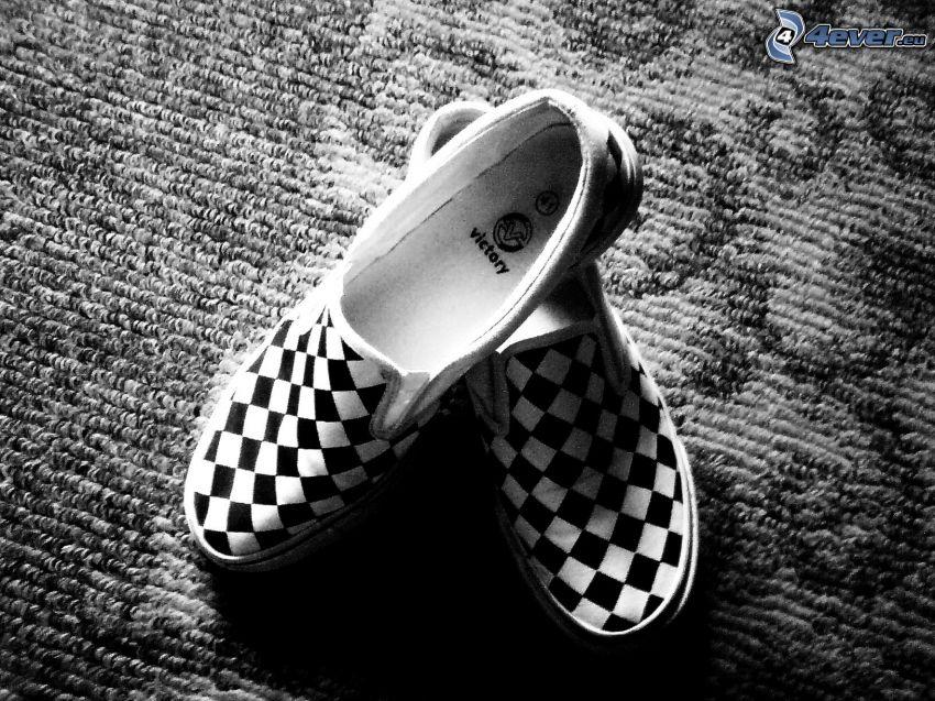 scarpa, pantofole, scacchiera