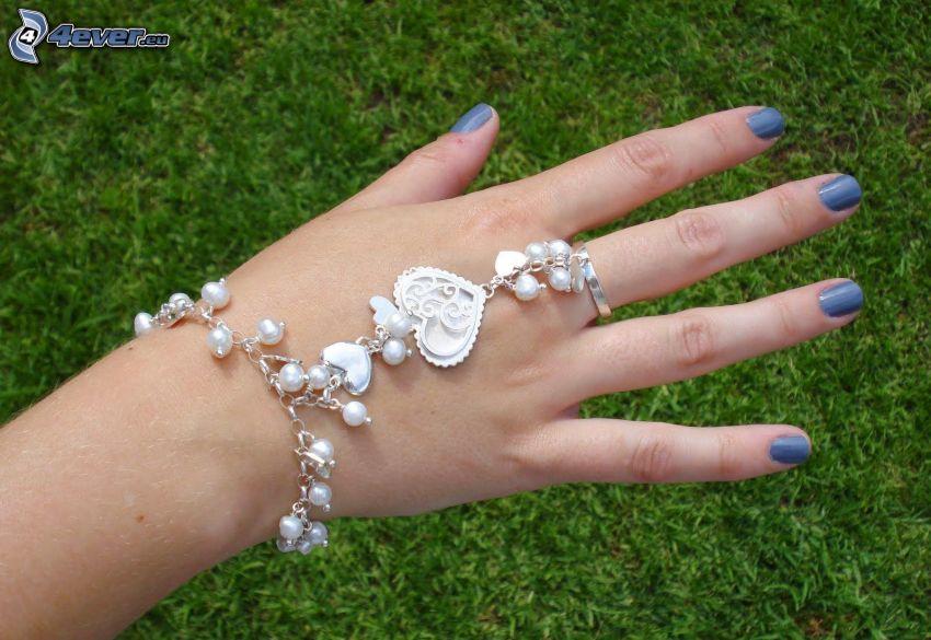 bracciale, mano, unghie dipinte