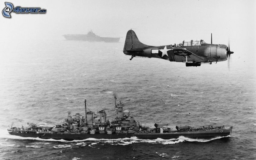Seconda guerra mondiale, aereo, nave da guerra