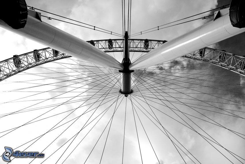 Ruota gigante, foto in bianco e nero