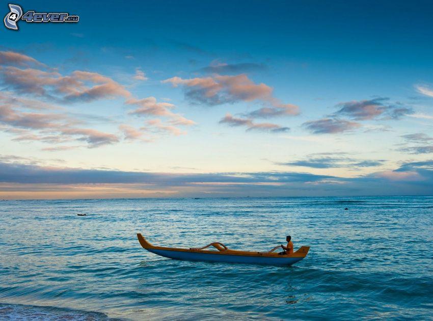 canoa, alto mare