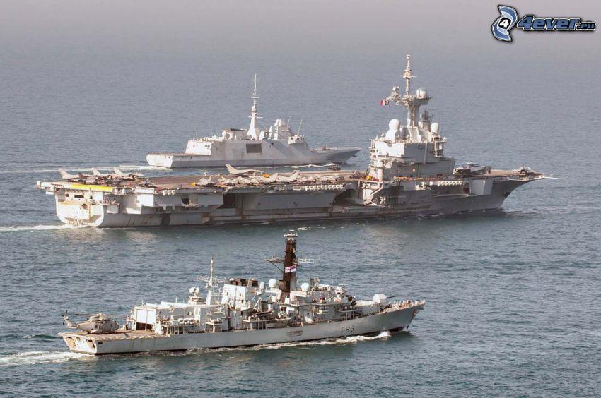 R91 Charles de Gaulle, portaerei, mare