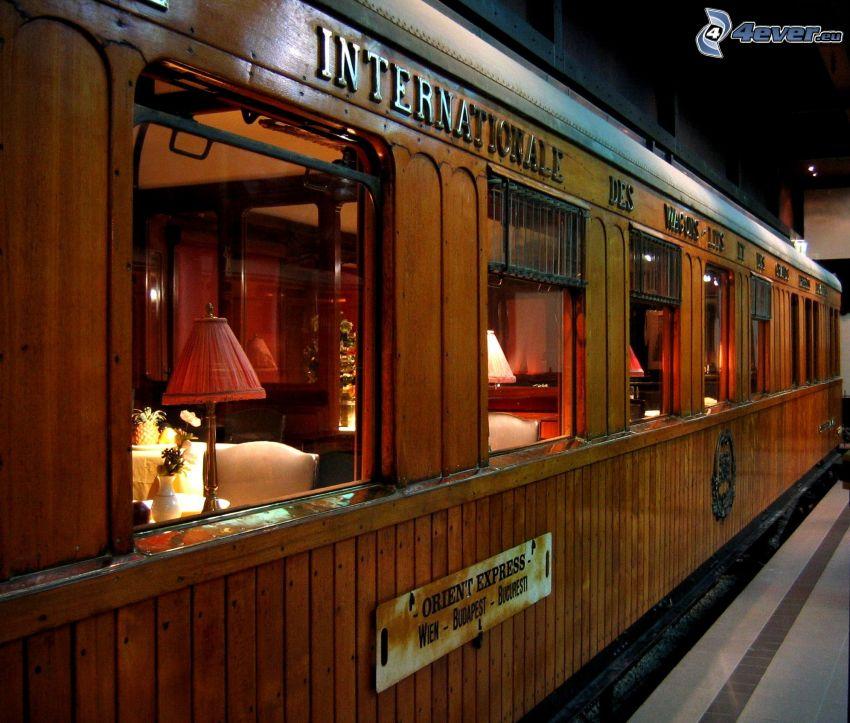 Orient Express, carrozza ristorante, stazione ferroviaria