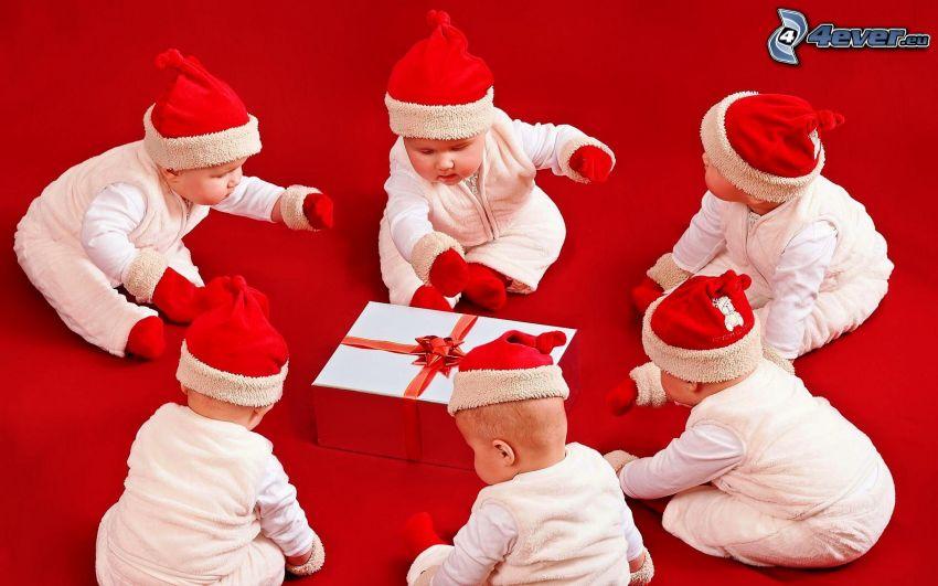bambini, cappello di babbo natale, regalo