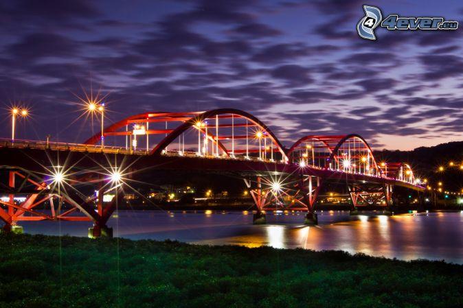 Guandu Bridge, kivilágított híd, éjszakai város