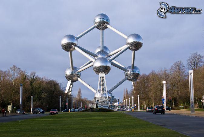 Atomium, Brüsszel, út