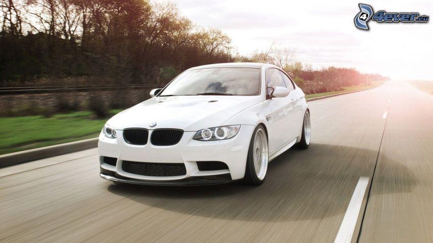 BMW M3 coupé, egyenes út