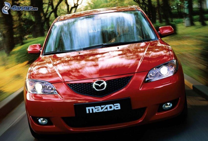 Mazda 3, sebesség, hűtőrács