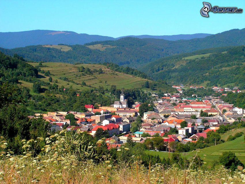 Dobšiná, falu, táj, kilátás a városra