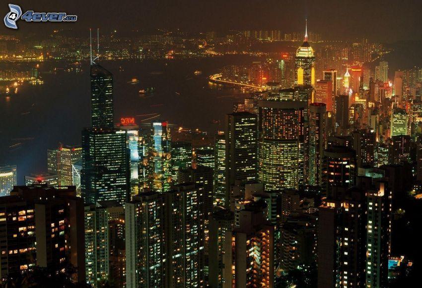 Hong Kong, éjszakai város, felhőkarcolók
