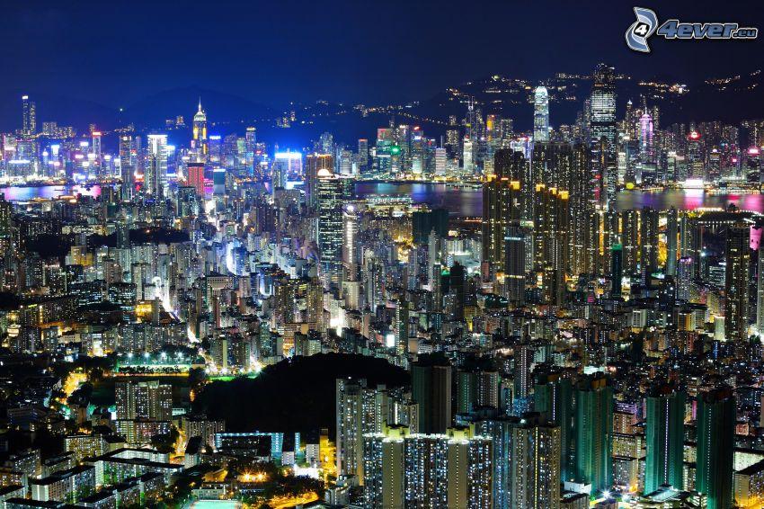Hong Kong, Kína, éjszakai város, kilátás a városra, felhőkarcolók