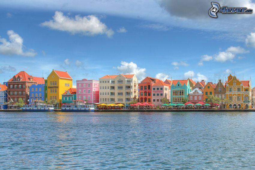 színes házak, Curaçao