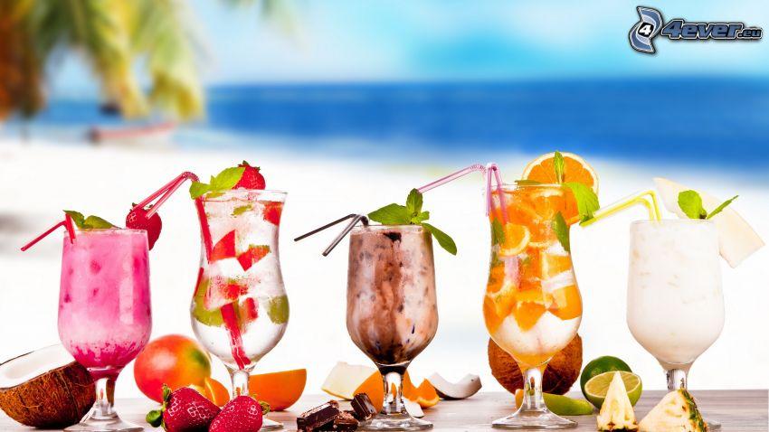 koktélok, italok, strand, kókuszdió, eprek, csokoládé, narancs, ananász