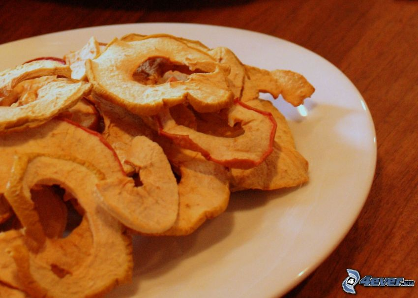 szárított alma, tányér