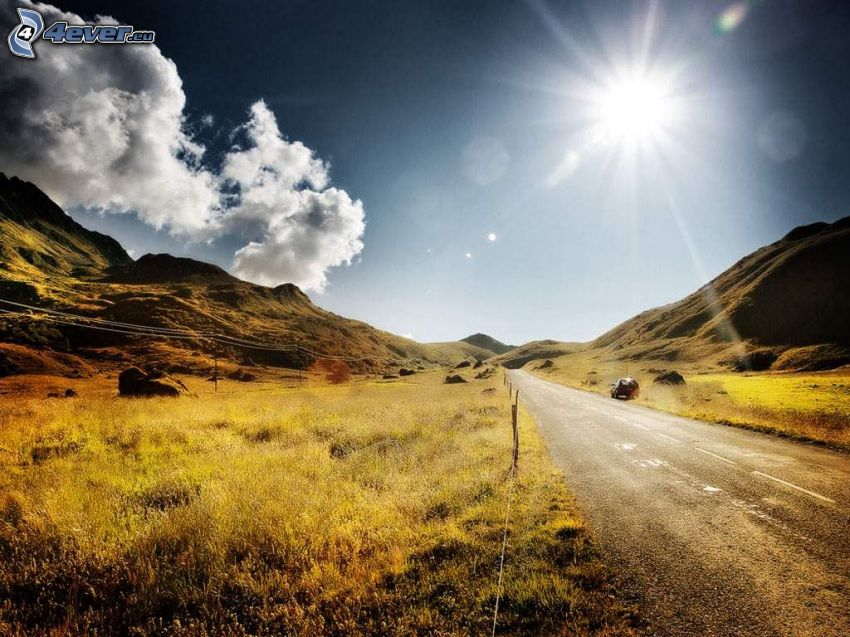 út, hegyvonulat, felhők, rétek