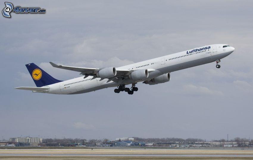 Airbus A340, felszállás