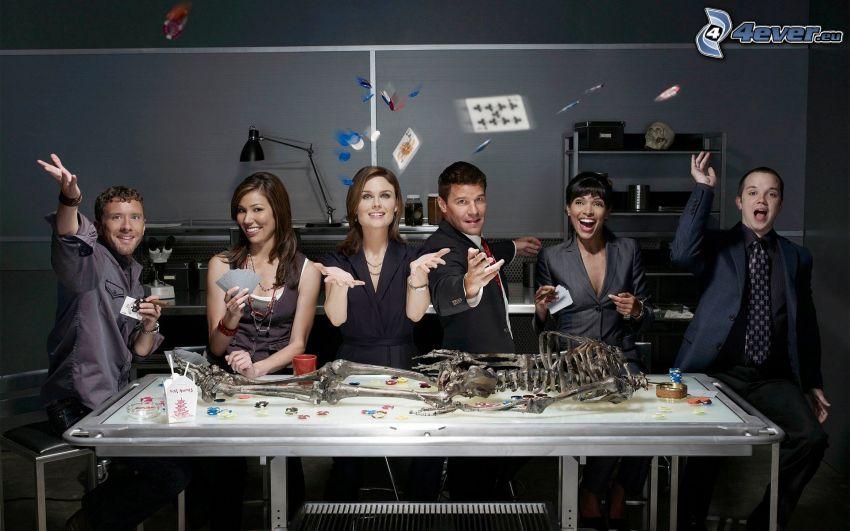 Dr. Csont, Temperance Brennan, Seeley Booth, Emily Deschanel, David Boreanaz, Michaela Conlin, kártyák, csontváz