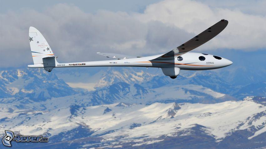 vitorlázó repülőgép, havas hegyek, felhők