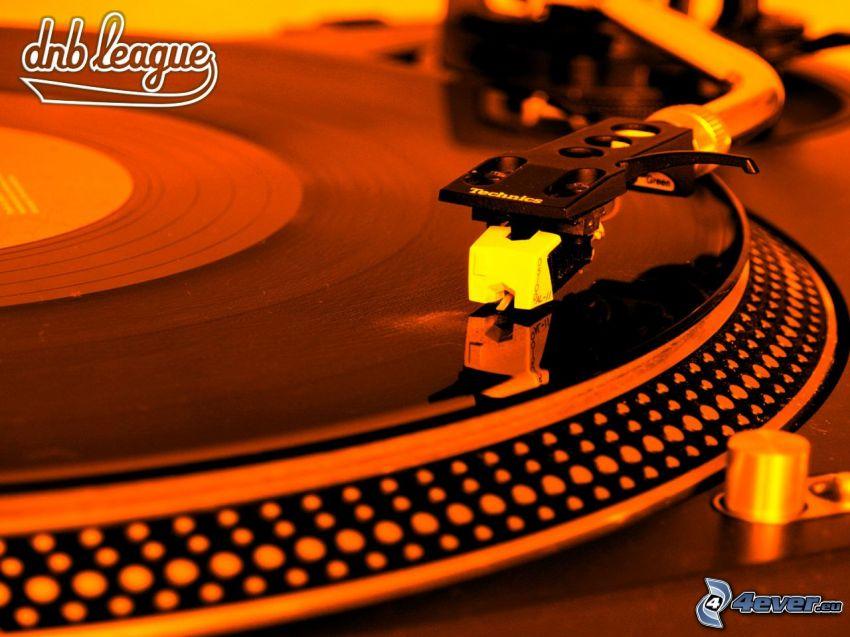 gramofon, DnB league