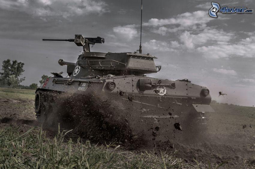 M18 Hellcat, tank, mező