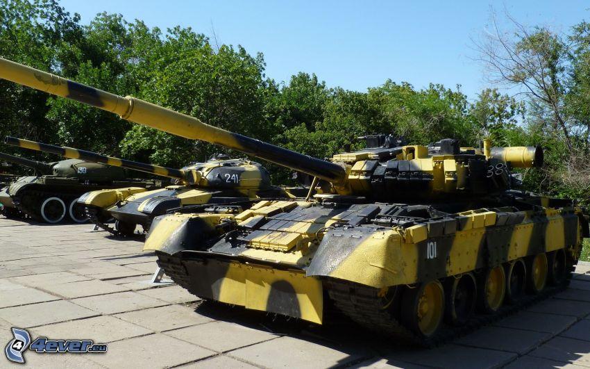 T-72, tank