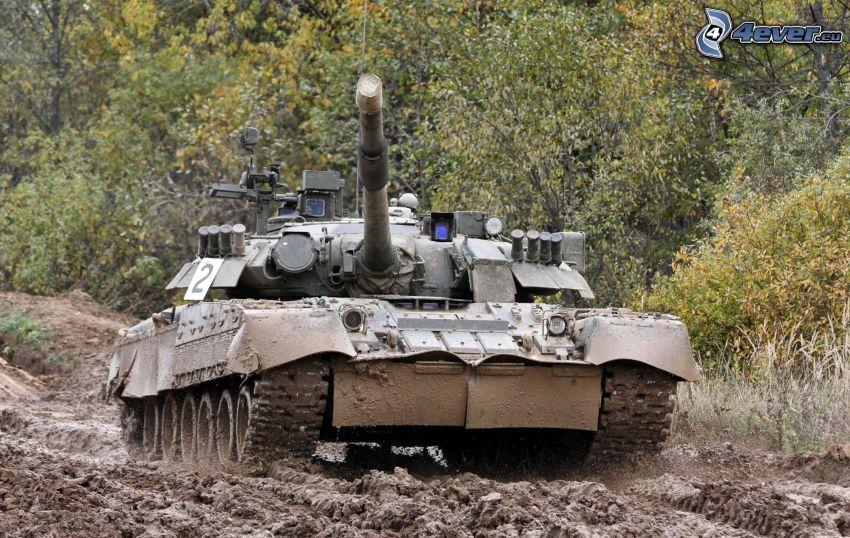 tank, sár