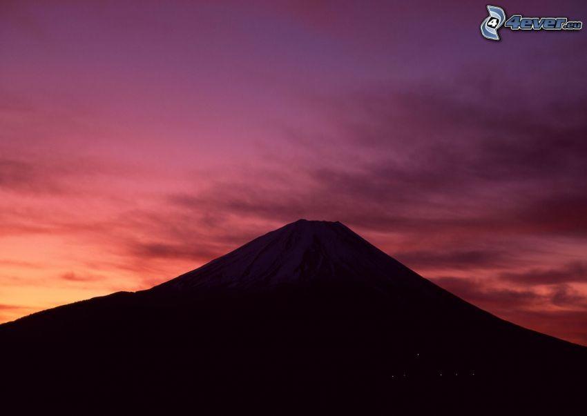Fuji, lila égbolt