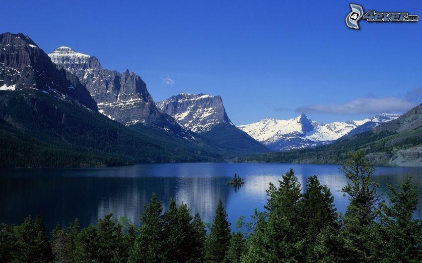 tó, sziklás hegységek, havas hegyek, tűlevelű fák