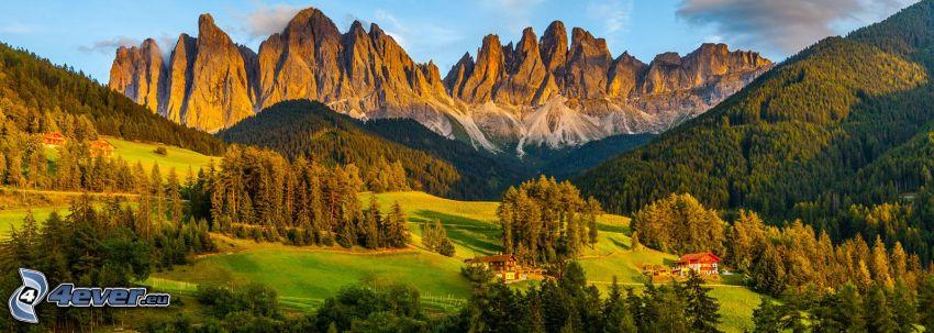 Val di Funes, erdők és rétek, sziklás hegységek, Olaszország