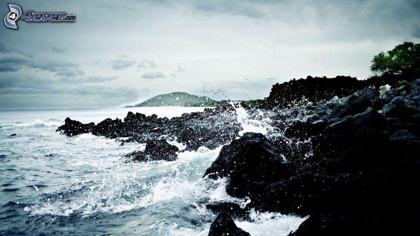 sziklás tengerpart, tenger