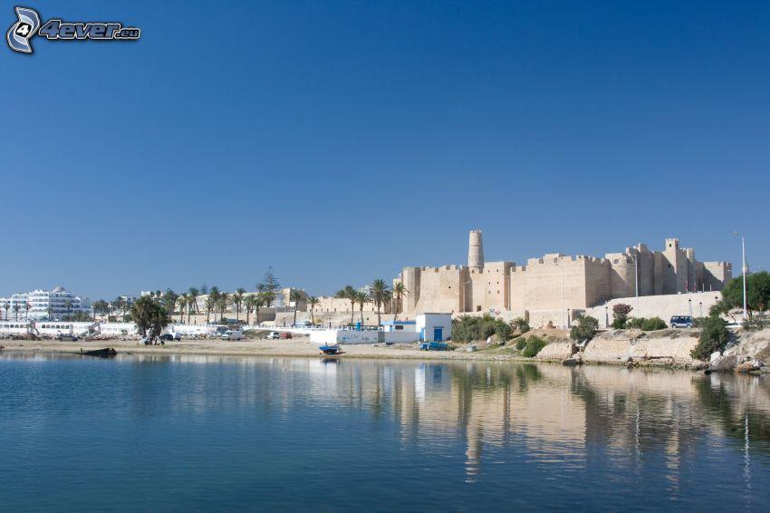 Tunézia, épületek, tengerpart