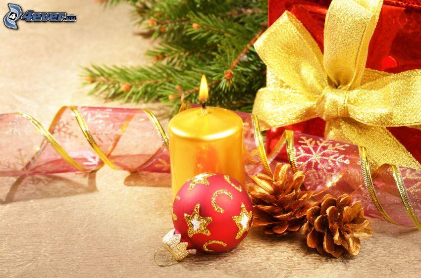 gyertya, gömb karácsonyfadísz, tobozok