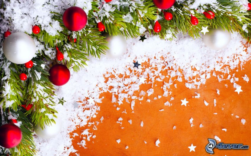 karácsonyi gömbdíszek, tűlevelű ág, hó