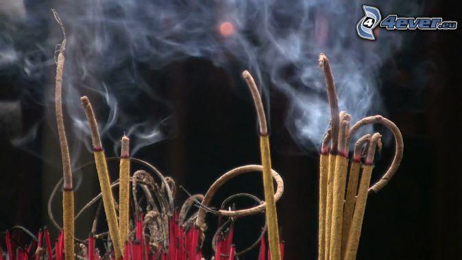 kadzidełka, dym