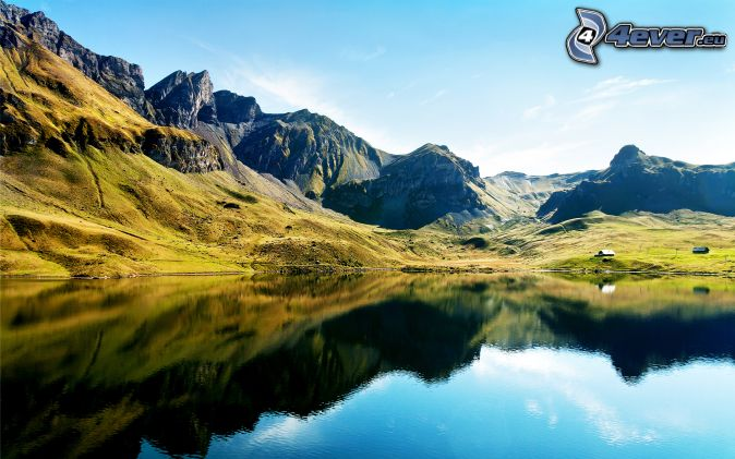 Alpy, góry skaliste, górskie jezioro, odbicie