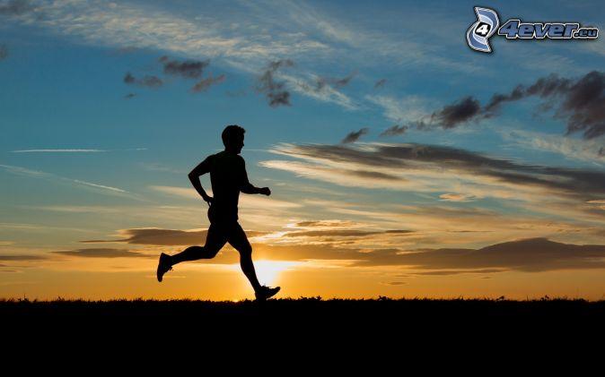 bieg, sylwetka mężczyzny, zachód słońca