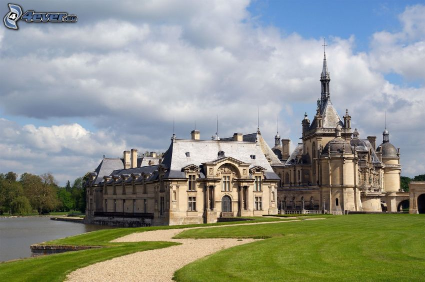 Château de Chantilly, park, chodnik, jezioro